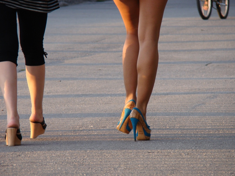 三招打造勻稱美腿 去水腫消蘿蔔腿.jpg